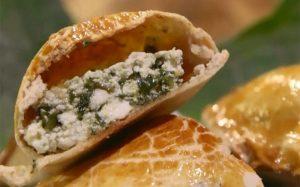 Empanada-de-ricota-com-espinafre-taioba-e-ora-pro-nobis